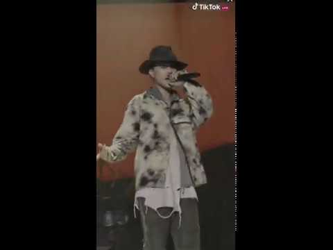 200527 TIKTOK STAGE with HIPHOPPLAYA DEAN (딘) - Ghost Town (cover.)