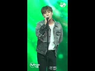 [MPD직캠] 김성규 직캠 끌림(Stuck On) (KIM SUNG KYU FanCam) - @MCOUNTDOWN_2018.3.1