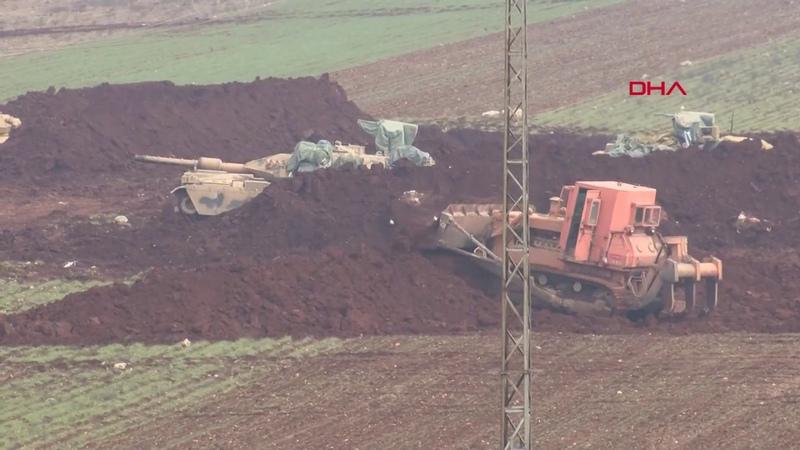 TSK İdlib kırsalında yeni mevziler hazırlıyor