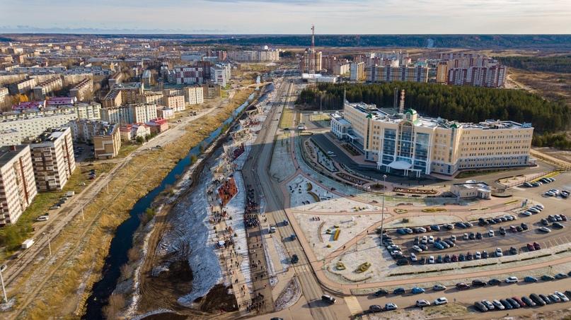 Набережная Газовиков. Октябрь 2019 года.