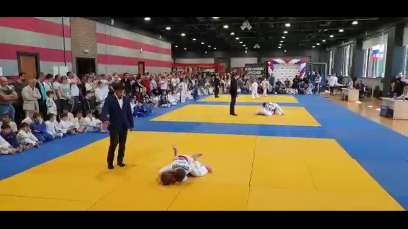 VIDEO-2019-05-22-08-48-39.mp4