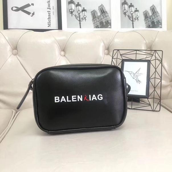 Сумочка Balenciaga