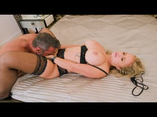 Katalina Kyle - Big Booty Katalina Kyle Makes Her Anal Debut With Manuel Ferrara
