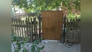 калитка  во  дворе .  как можно  сделать калитку  вход  в  дом  .работа  Грищенко Сергей