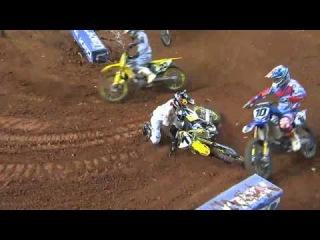 James Stewart crash AMA Supercross 2014 Atlanta