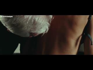 Секс Сцена С Эльзой Патаки – Хочу В Голливуд (2010)