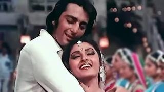 Pyaar Kise Kehte Hain - Superhit Bollywood Romantic Song - Sanjay Dutt, Jayapradha - Main Awara Hoon