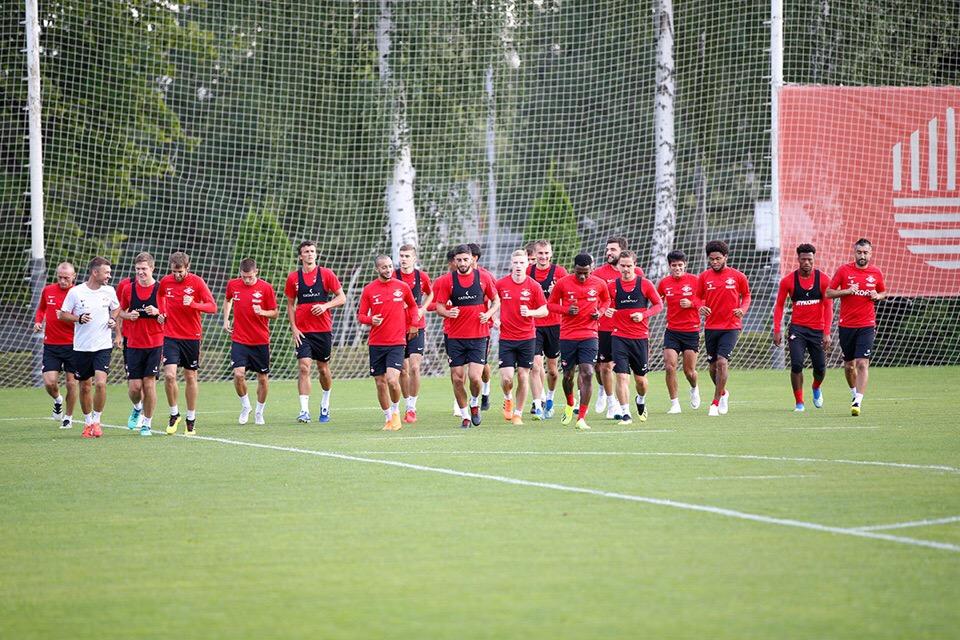 К матчу с ПАОКом готовятся 23 игрока «Спартака»