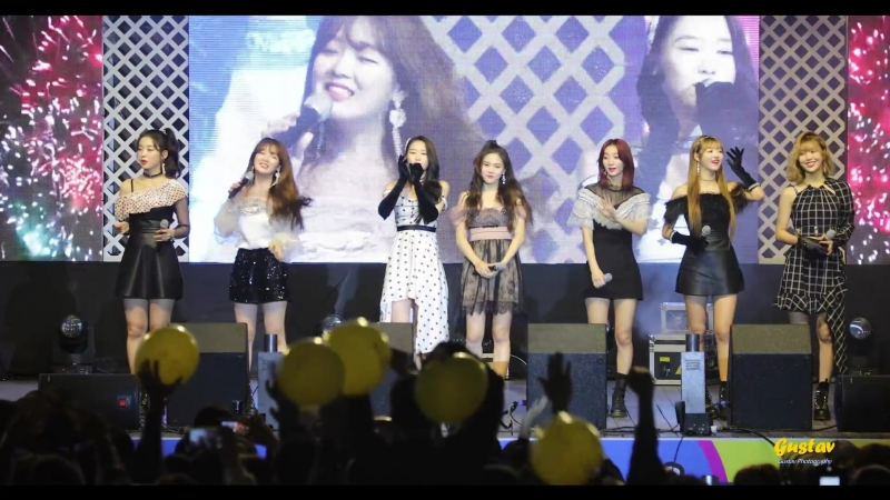 · Fancam · 181007 · OH MY GIRL - Remember MeSecret GardenWindy DayJe T`aime · 2018 Hongcheon Hibiscus Syriacus Festiv