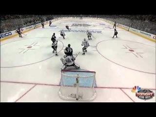 Slava Voynov opens the scoring Video   NHL VideoCenter 2