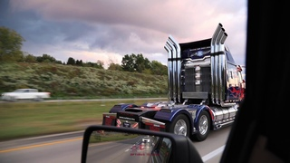 30 seconds of Optimus Prime replica truck - rolling footage