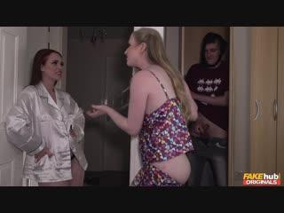 Fakehuboriginals - ella hughes, satine spark - its purely sexual [new porn 2018, новое порно, групповуха, групповое]