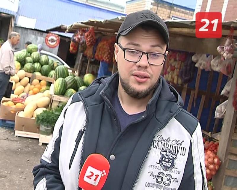 Откуда берутся арбузы и как их правильно выбирать? Илья Курлучан нашёл себе зелёного полосатого друга
