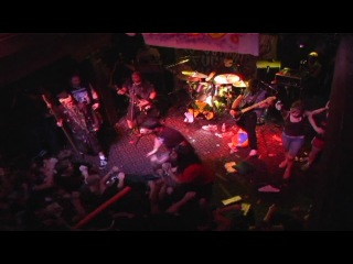 Municipal waste - drunk as shit (live in richmond 2006)