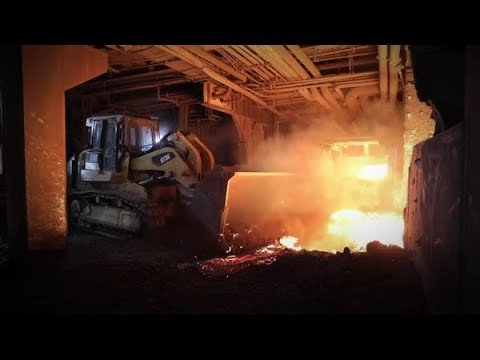 Cat® 973 Steel Mill Track Loader Handles the Heat