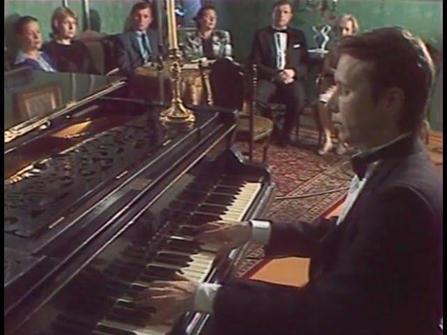 Mikhail Pletnev plays Rachmaninoff Etude op. 33 no. 8 on Rachmaninoffs piano - video 1987