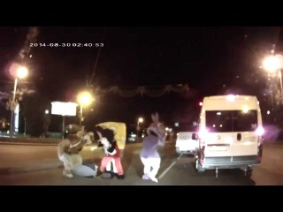 meanwhile in Russian - Roadrage Man Beat Up By Spongebob, Mickey Mouse & Co