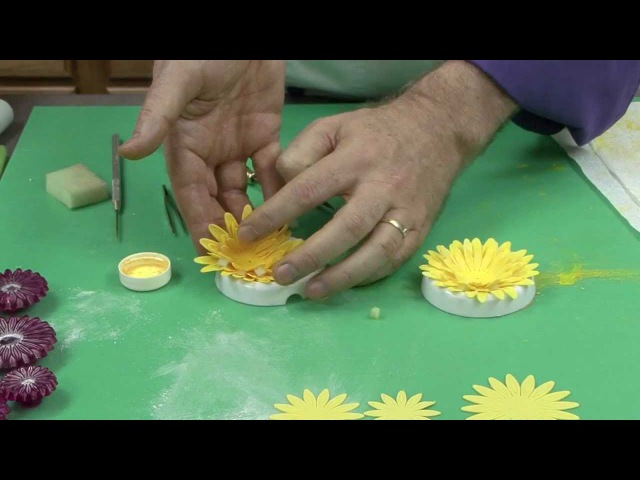 Super Easy Wired Gerbera Daisy by Chef Alan Tetreault of Global Sugar Art LLC