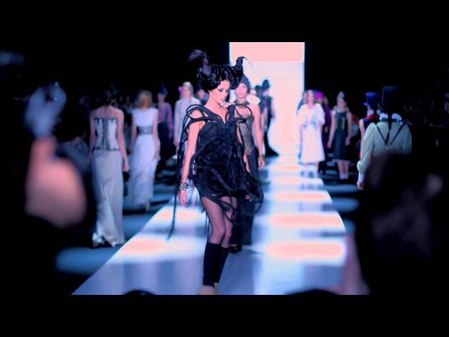 Павел Кашин - клип Арена. Mercedes-Benz Fashion Week Russia 2014. Автор песни Павел Кашин
