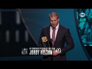 Jordy Nelson receives NFL Comeback Player of the Year Award