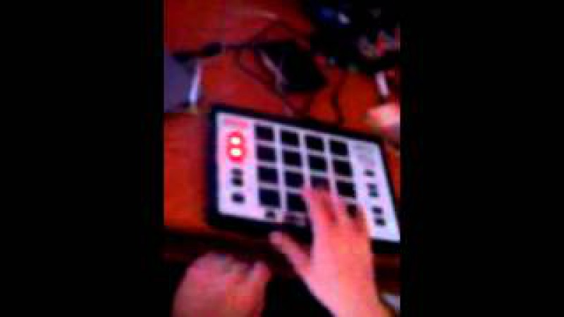 Akai MPC Element Live beatmaking by Animal PetSteP dubstep AWE - Griffin