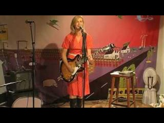 Bernadette La Hengst - Liebe ist ein Tauschgeschäft