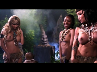 Masuimi Max, Mindy Robinson и Chanell Heart - Gingerdead Man Vs. Evil Bong (Масуйми Макс, Минди Робинсон и Чанелл Харт - Спёкший