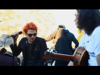 My chemical romance - helena ((live acoustic at 98.7fm penthouse)
