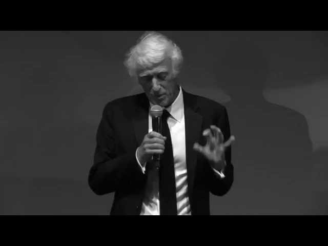 Roger Deakins accepting Angenieux Excellens -Cannes 2015 -thefilmbook
