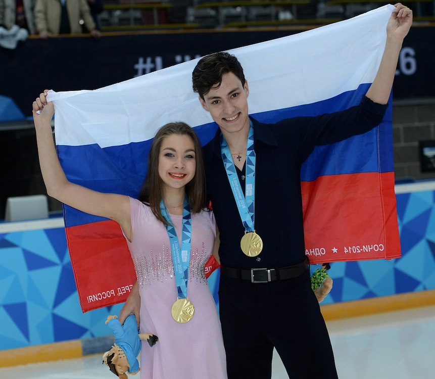 Анастасия Шпилевая - Григорий Смирнов/ танцы на льду - Страница 15 VpodN_G6ieE