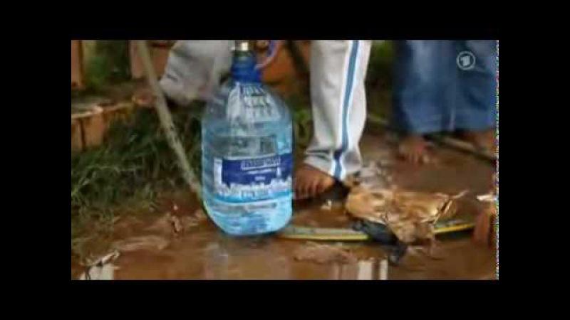 Nestlé nimmt Menschen in Afrika das Wasser Pure Life Skandal ARD