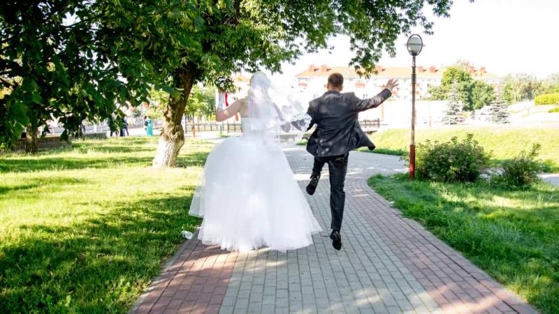 фотографы на свадьбу в слуцке полуприлегающего силуэта, выполнено