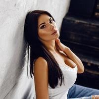 Наташа Лукьянова