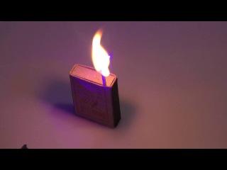 Мощный голубой лазер зажигает спичку