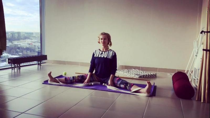 Скручивайтесь на здоровье скручивание йога йогавысоцкий докторйога йогастудия йогаекб yoga yogabcvysotsky doctoryoga