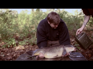 Carp Fishing This Is Nowhere - Gaz Fareham  Friends