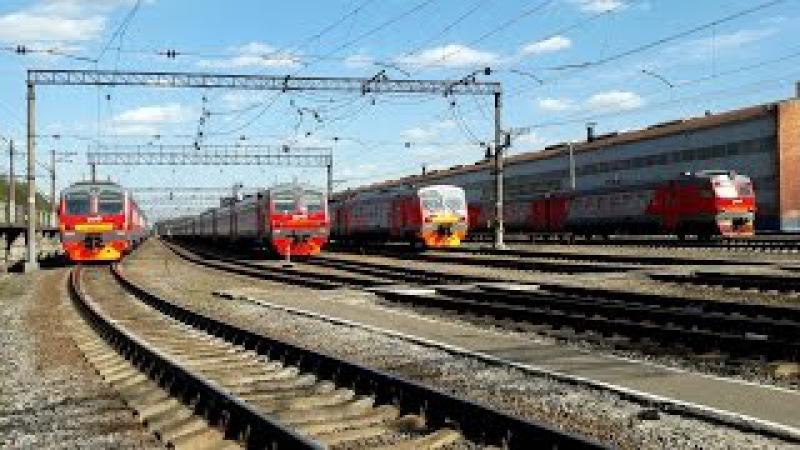 Электропоезда ЭР2Т-7099, ЭР2Т-7125, ЭД4М-0054, 0368 и 0168, в ТЧ-26 Куровская