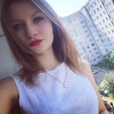 Аня Маркелова, Тверь