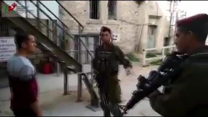 Palestine - Al-Khalil (Hébron) Dans le seul but dhumilier les Palestiniens !! 4 mars 2018
