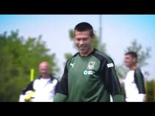 Ярушин vs Смолов vk.com/russia.soccer