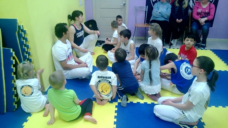 Мастер Шикинью с учениками