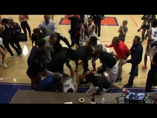 Evanston Township beats Maine South on epic buzzer beater - 1_26_2018