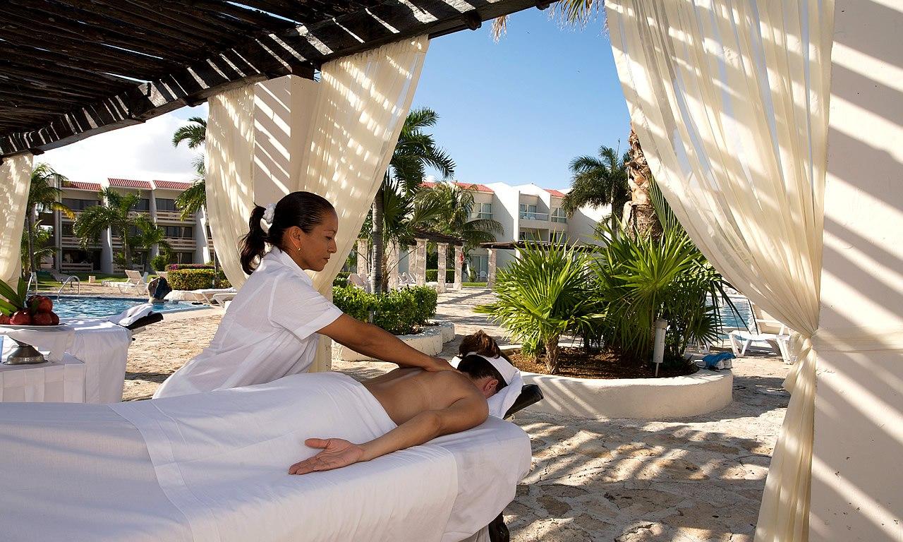 В спа-салонах отеля можно использовать ароматерапию, чтобы помочь гостям расслабиться.