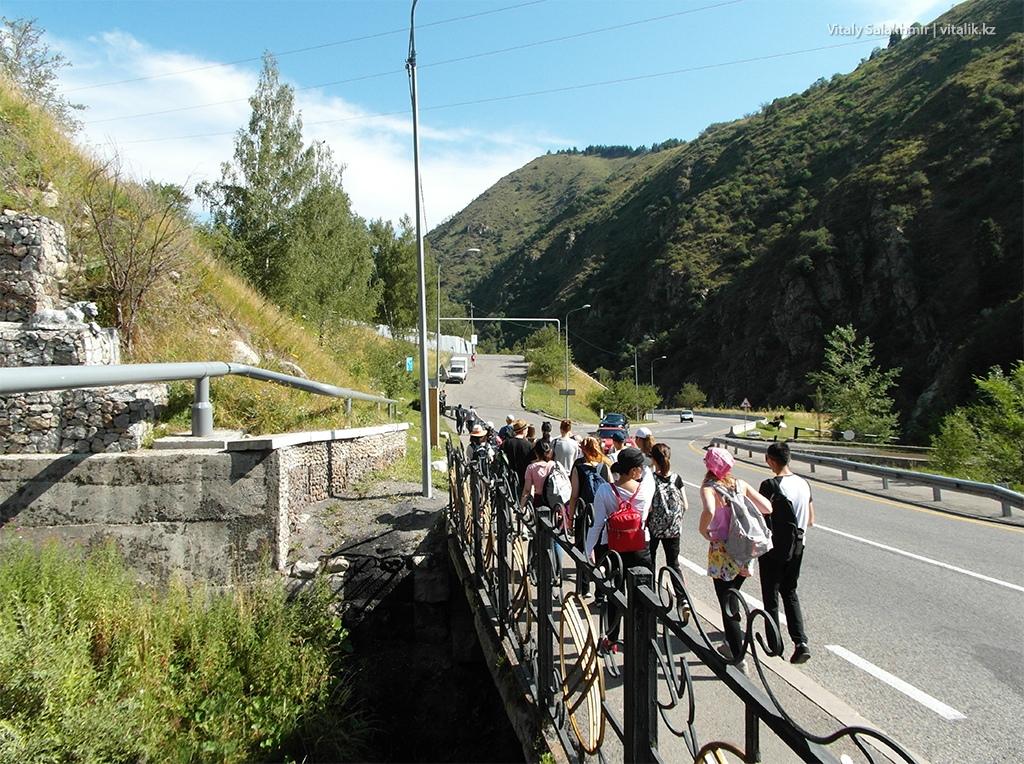 Остановка Просвещенец дорога на Кок-Жайляу
