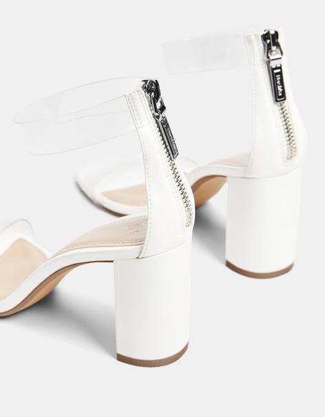 Босоножки на каблуке, с деталями из винила