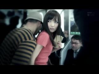 Красивую японку ебут трахают в автобусе метро азиатку teen japaneseasi