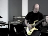 Adrian Belew - Demos Line 6 Spider Jam