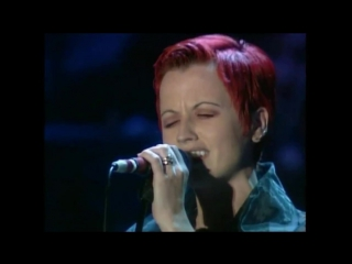 Luciano Pavarotti Feat. Dolores O'Riordan (The Cranberries) - Ave Maria (For The Children Of Bosnia)