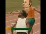 Если голосуешь за Путина! Можешь просто махнуть головой перед телевизором! и ни куда не ходить.