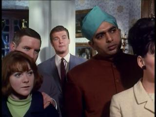 The Saint S4 E7 'The Angel's Eye' (1966)   Roger Moore, Jane Merrow, Liam Redmond